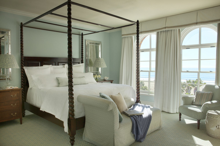 december-newsletter-coastal-escape-photo-casa-del-mar-ocean-view-room-716