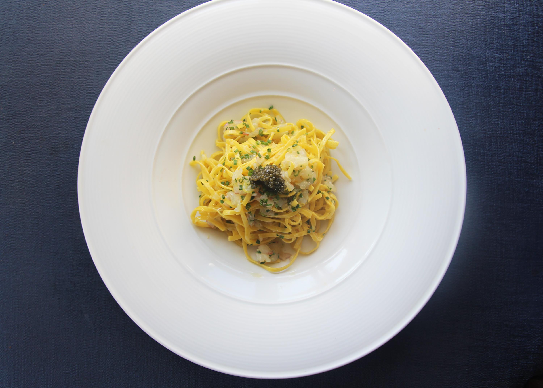 1 Pico Tagliolini with red shrimp tartar and Caviar 2